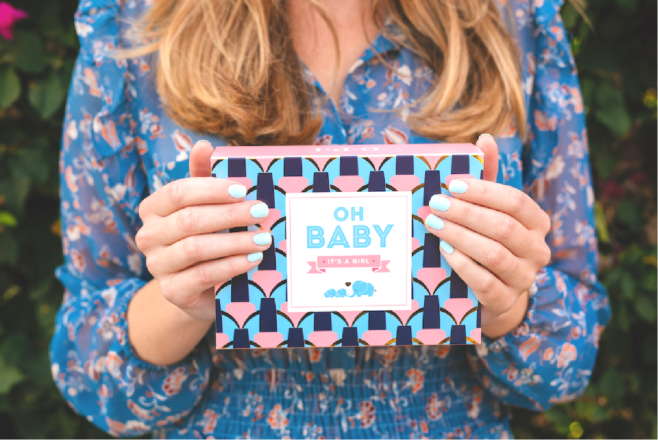 "Great for baby showers, ""Oh Baby"" 3-piece gift box."